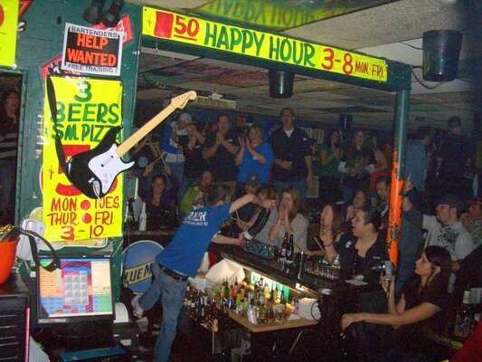 Locker Room Saloon Utica Mi Detroit Happy Hour